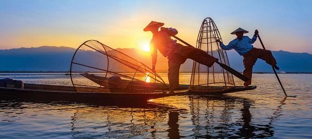 Myanmar-the-Irrawaddy-1.jpg