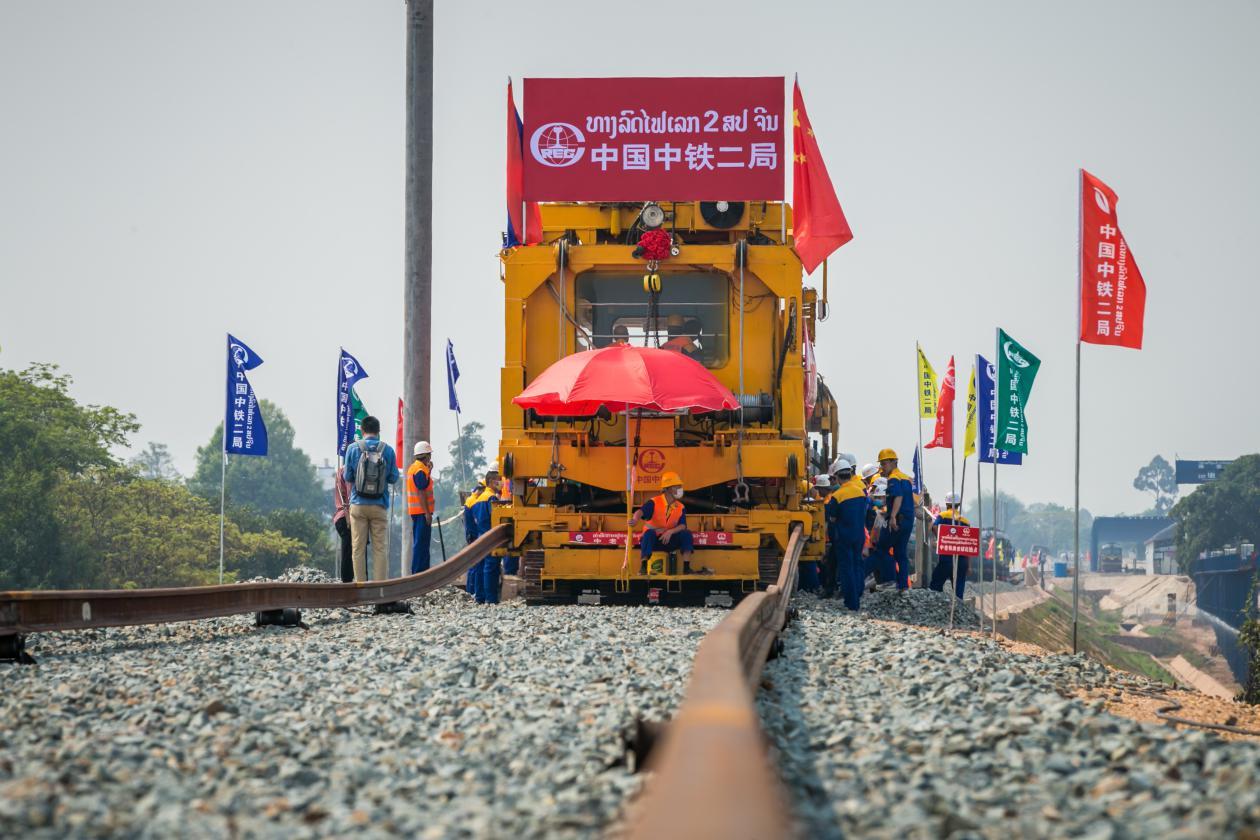 说明: 中老铁路将改善老挝国家交通便利化水平
