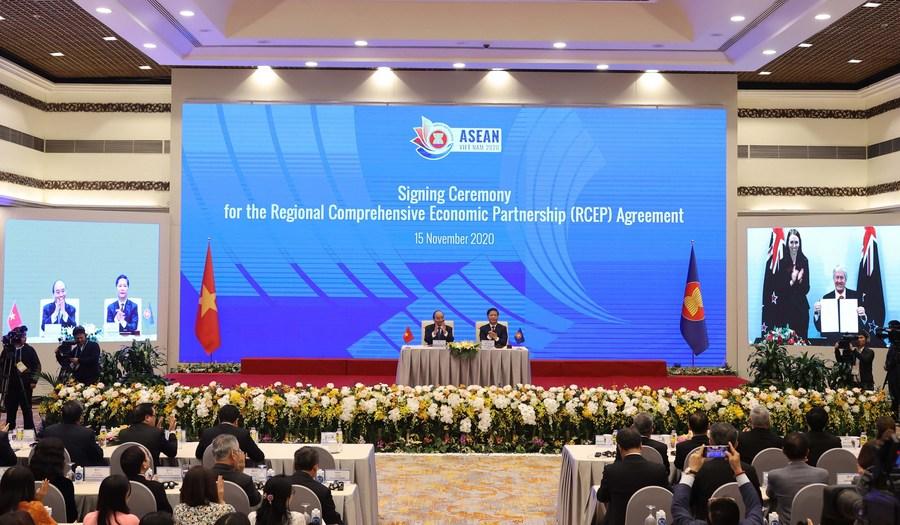 说明: The signing ceremony of the Regional Comprehensive Economic Partnership (RCEP) agreement is held via video conference in Hanoi, capital of Vietnam, Nov. 15, 2020.