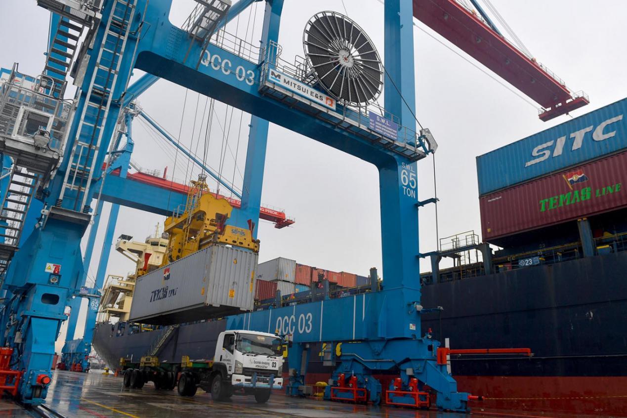 说明: RCEP的签署减少了成员国的关税壁垒,促进了产品的出口