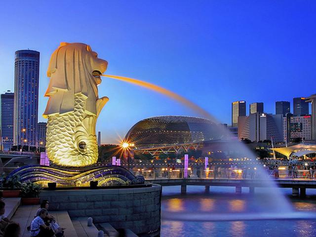 新加坡标志性景点之一——狮身鱼尾像